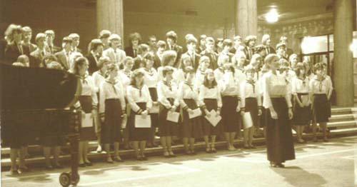 1986. Vegyeskar