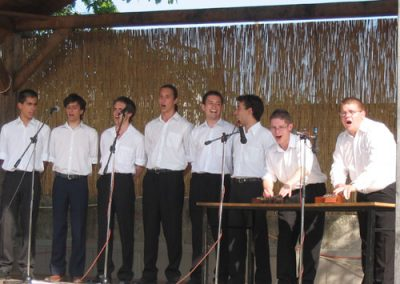 2005. június - Tés