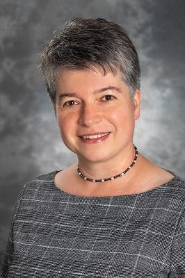 dr. Ertli Tímea